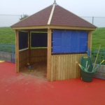 Timber play shelter